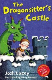 The Dragonsitter's Castle (Josh Lacey) Paperback / softback