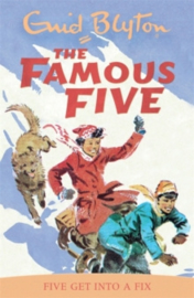 Famous Five: Five Get Into A Fix : Book 17