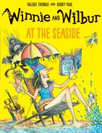 Winnie and Wilbur: At the Seaside