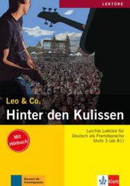 Hinter den Kulissen Buch met Audio-CD