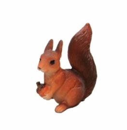 Eekhoorn beeldje met eikeltje 7,5 cm  7,5 cm 7409b