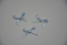 mini strikje - babyblauw