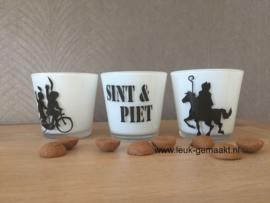 Waxinelichthouder met Sint, Pieten of woorden Sint & Piet