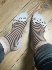 Katten sokken gestreept