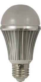 LED E27 Lamp 7 Watt 2700K met Dag / Nacht sensor