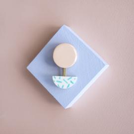 porcelain brooch 2