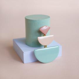 porcelain brooch Giocara