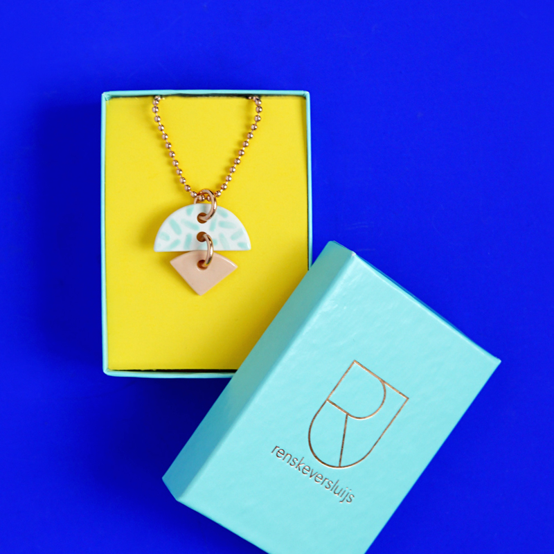 porcelain necklace Taam