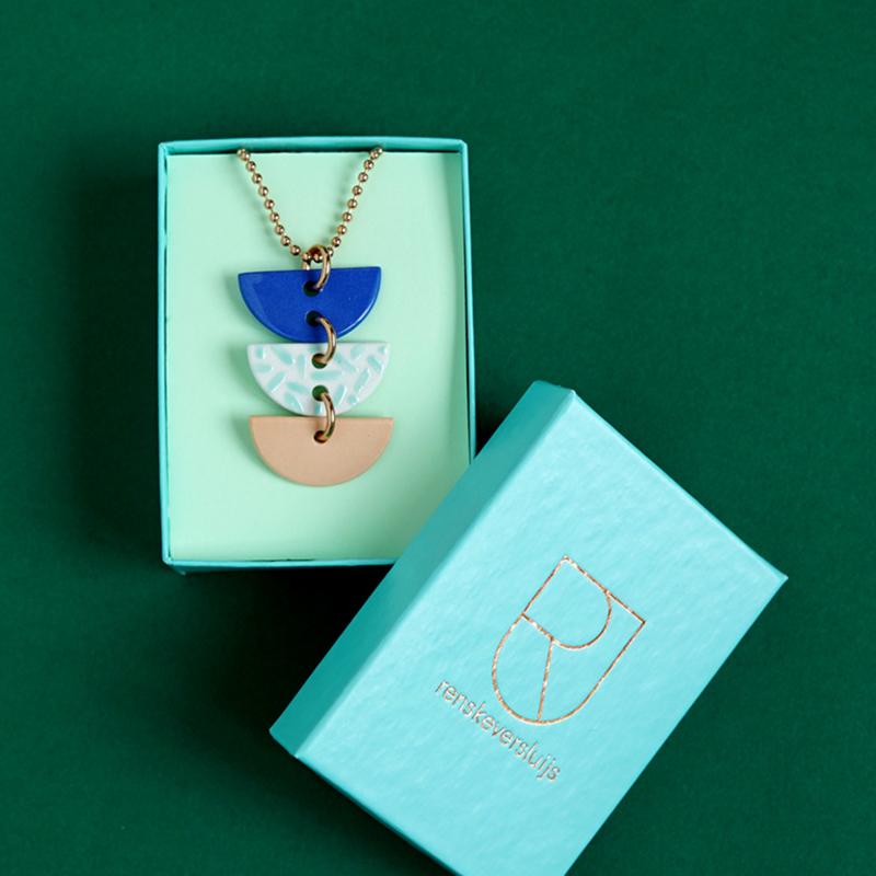 porcelain necklace Marjolein
