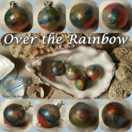 Over the Rainbow asparel