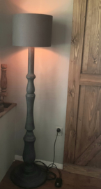 Vloerlamp antraciet met lampenkap