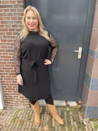 Carkristine lace dress