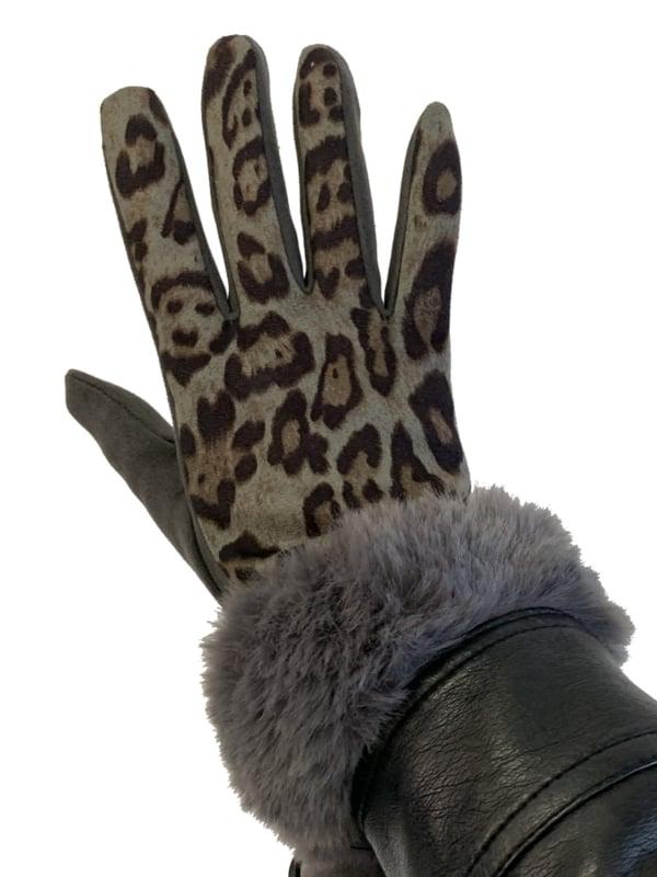 Daim look-a-like met imitatiebont, leopard grijs