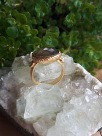 Labradoriet ring ( goud op zilver )