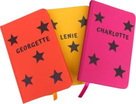 Notitieboekje met sterren en naam