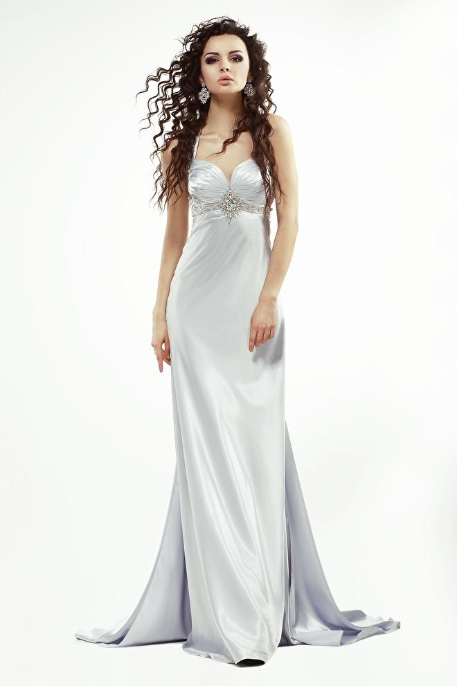 dress-739665_1920.jpg