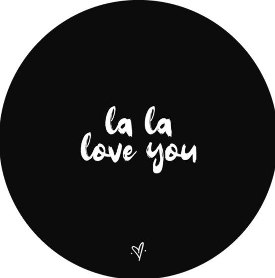 "Wandcirkel ""la la love you"""
