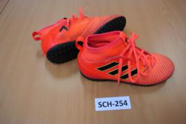 SCH-254 Voetbalpantoffels ADIDAS