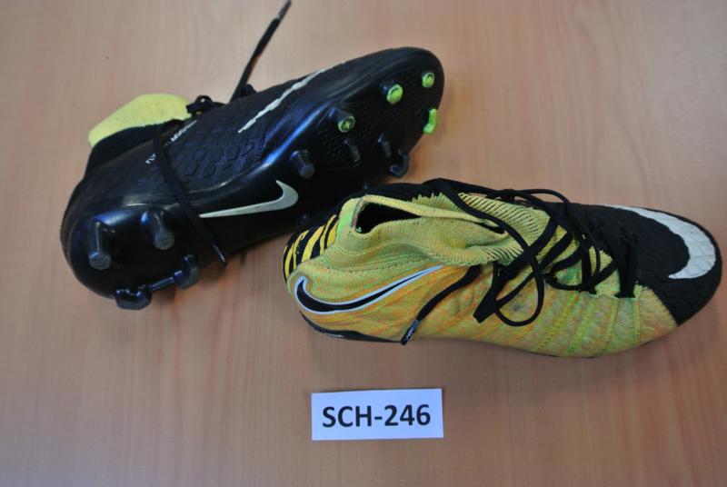 SCH-246 Voetbalschoenen NIKE
