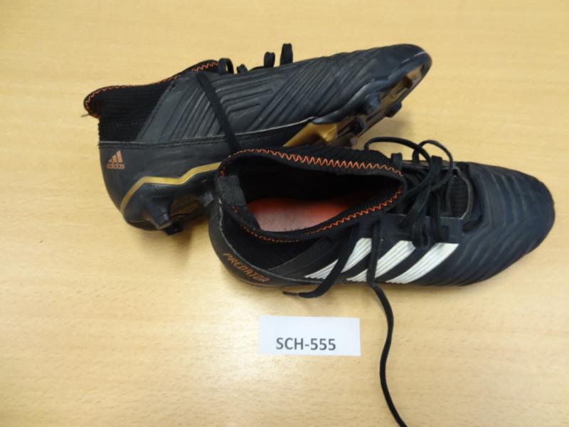 SCh-555 Voetbalschoenen Adidas