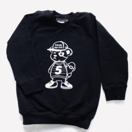 Skate bear sweater