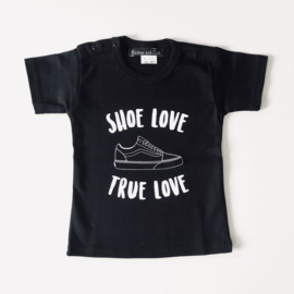 Shoe love shirt