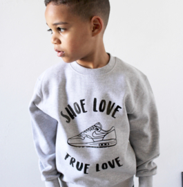 Shoe love sweater