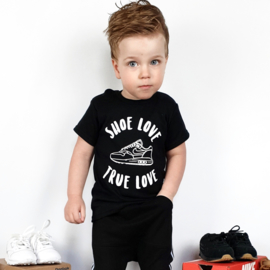 Shoe love shirt