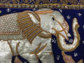 Wandkleed embroiderd olifant 70cm