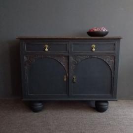 Hoffz style dressoir