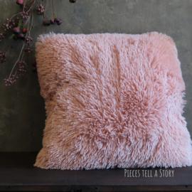Fluffy roze kussen