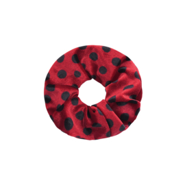 Scrunchie velvet dots 'rood'.