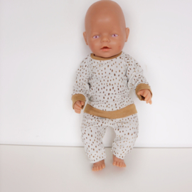 Poppenkleertjes Pyjama of chill pakje 43 cm