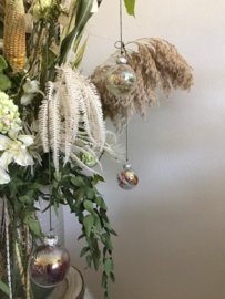 Glazen parelmoer droogbloemen kerstbal ( Mini )
