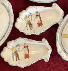 Gratenschaaltje / schaaltje schelpvorm - poppenservies Petrus Regout - décor CATO