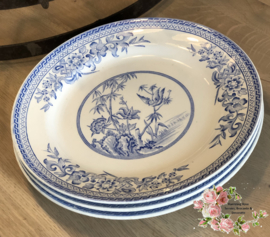 Dinerbord – B.W. & Co (= Bates, Walker & Co.) – decor Bamboo blauw.