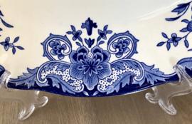 Schaal - ovaal - groot - Boch La Louvière - décor DORDRECHT blauw - geschulpte rand