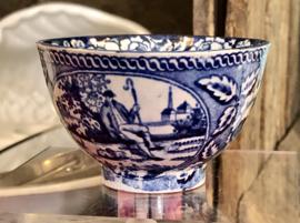 Kommetje – maker onbekend – decor Teadrinker blauw met bloemenrand