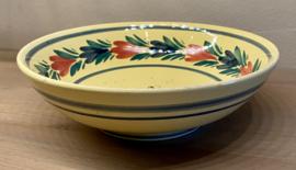 Schaal - dieper model - geel aardewerk / jaune - QUIMPER