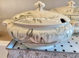 Terrine / groenteterrine / tureen - ovaal - groot model - George Jones & Sons (Stoke-on-Trent) - décor LILY