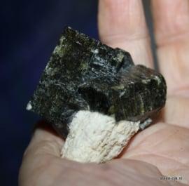 apatiet kristal