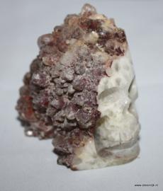 skull fluoriet geode kwarts