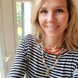 Ketting Soft Glow no.2 met rookkwarts, agaat en amoniet