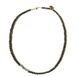 Ketting Green Ferns, zoisiet en magnesiet