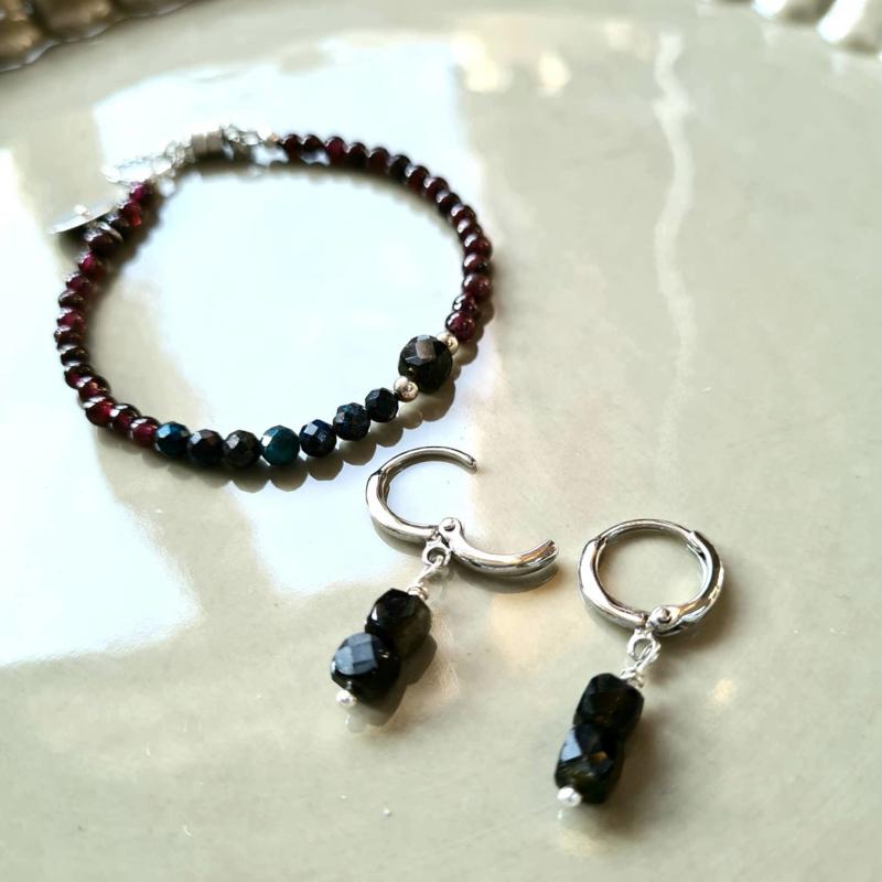 Set Armband  & oorringen Dark Sense, granaat, chrysocolla, obsidiaan