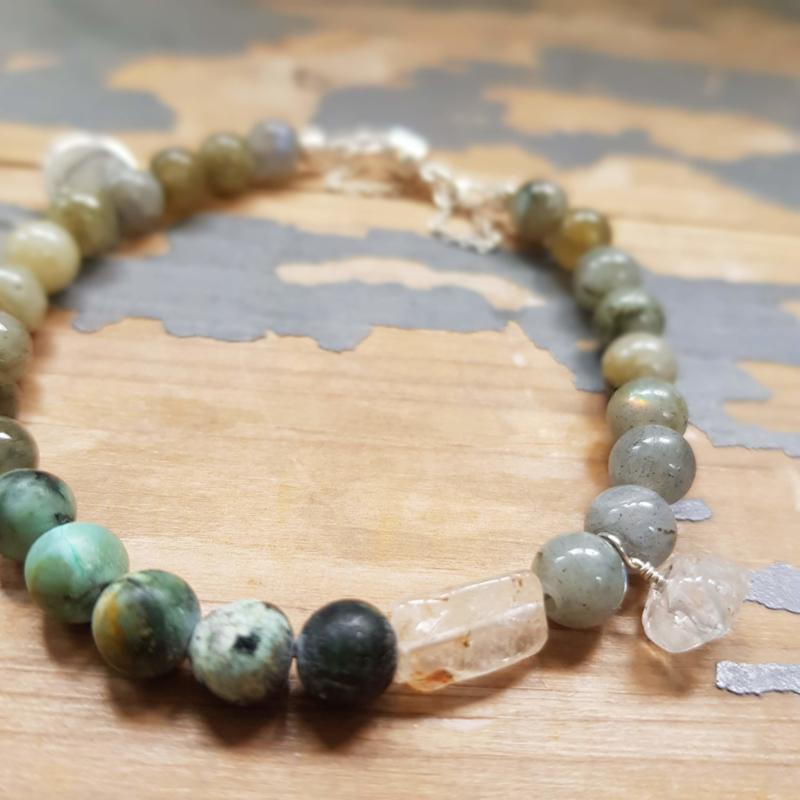 Armband Intuition , labradoriet en Afrikaans turquoise