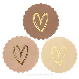 Sluitstickers rond beige/roze  hart
