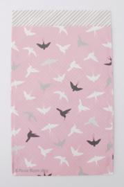 Cadeauzakjes lila roze vogels 12x19