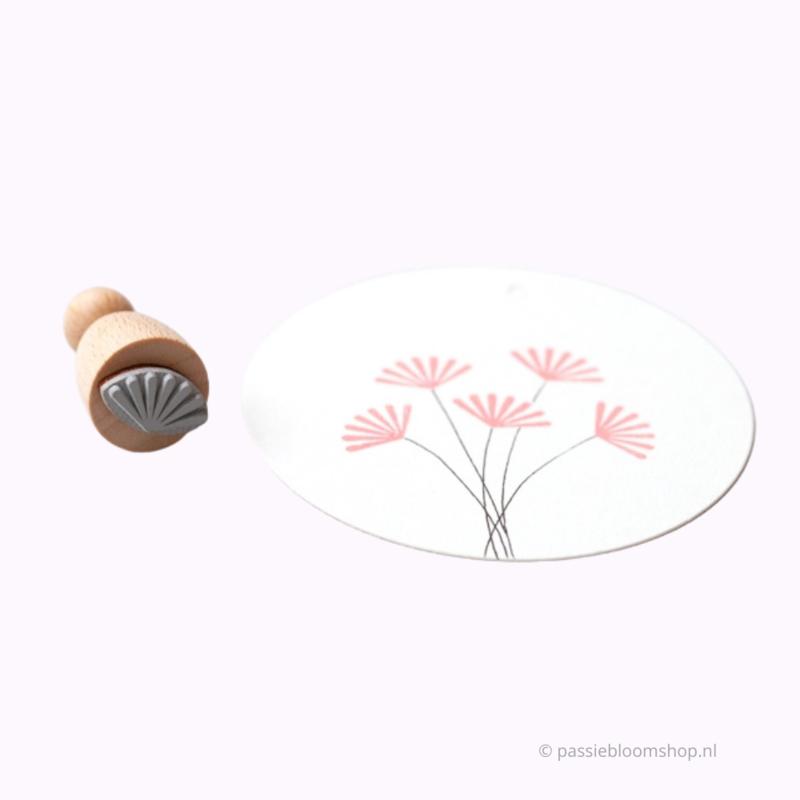 Mini stempel M | Bloem blaadje