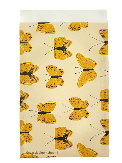 Cadeauzakje gele vlinders 12  x 19
